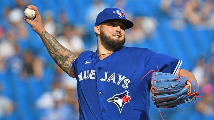 Oct 2, 2021; Toronto, Ontario, CAN;   Toronto Blue Jays starting pitcher Alek Manoah (6) delivers a pitch against Baltimore Orioles in the first inning at Rogers Centre. Mandatory Credit: Dan Hamilton-USA TODAY Sports