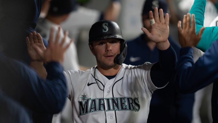seattle mariners ty france coming off good 2021 season