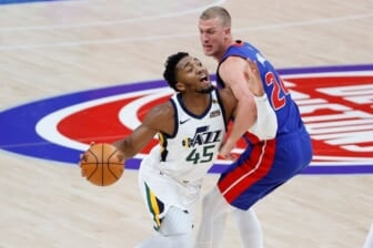 Utah Jazz star Donovan Mitchell suffers lower-leg injury